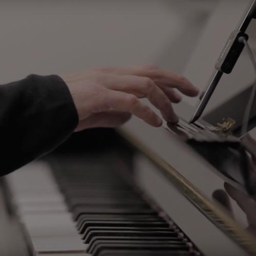 play piano with ipad